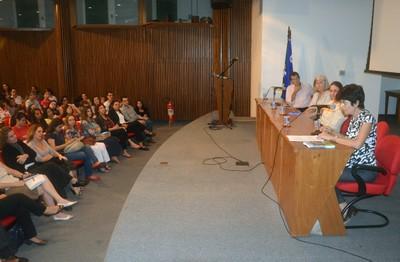 a partir da esquerda Carlos Augusto Monteiro, Denise Costa Coitinho, Ana Lydia Sawaya e Semíramis Martins Álvares Domene