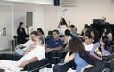 Participante do público faz perguntas durante o evento