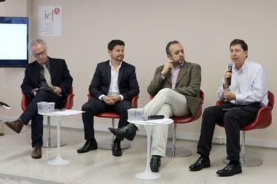 Luiz Henrique Catalani, Adriano Andricopulo, Hamilton Varela e José Eduardo Krieger