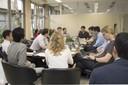 Participantes trabalham na criação do MOOC