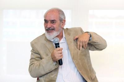 Francisco Cesar Polcino Milies