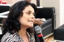 Denise Mazzaferro faz perguntas ao expositor