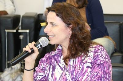 Larissa Leite inicia sua apresentação