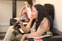 Márcia Murá faz perguntas durante o debate - (12/11/2015)