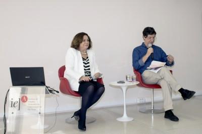 Mario Sergio Salerno abre o evento e apresenta Mariluce Moura