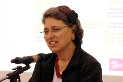 Ana Lydia Sawaya abre o evento