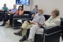 Carlos Guilherme Mota, primeiro diretor do IEA fala durante o debate