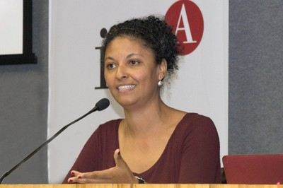 Diana Mendes Machado da Silva - Mesa 2 - 28/09/2016