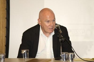 Eduardo Mario Dias
