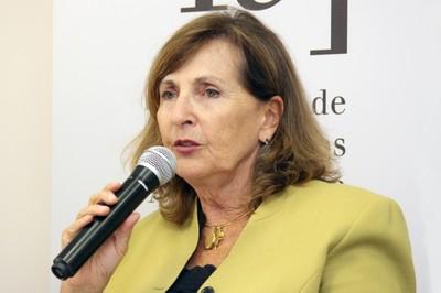 Helena Ribeiro abre o evento