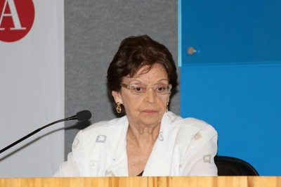 Maria Helena P. M. Jorge