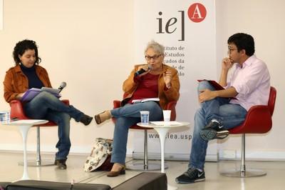 Janaína de Almeida Teles, Maria Amélia de Almeida Teles e Álvaro Okura