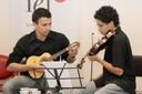 """Momento Musical  """"Cordas Duplas""""  Alesi Souza e Alex Amaral"""
