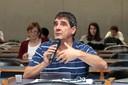 Daniel Luzzi faz perguntas durante o debate - 25/04/2017