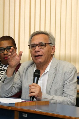 Lino de Macedo participa do debate