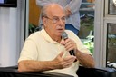 Luiz Bevilacqua faz perguntas ao expositor