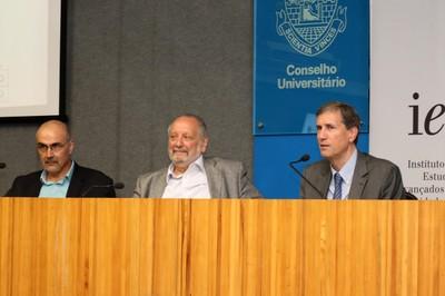Guilherme Assis de Almeida, José Augusto Lindgren Alves e Pedro Dallari