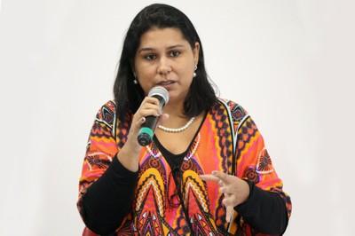 Pamela Esteves