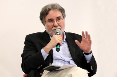 Carlos Américo Pacheco