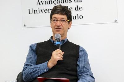 Mario Salerno abre o evento