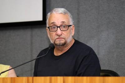 Paulo Saldiva faz a abertura do evento