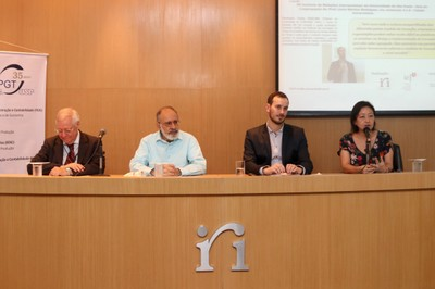 Moacyr Martucci Junior, Guilherme Ary Plonski , Florent Pratlong e Janina Onuki