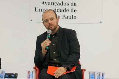 Vitor Blotta faz a abertura do evento