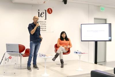 Jonas Gonçalves Coelho e Monica Aiub