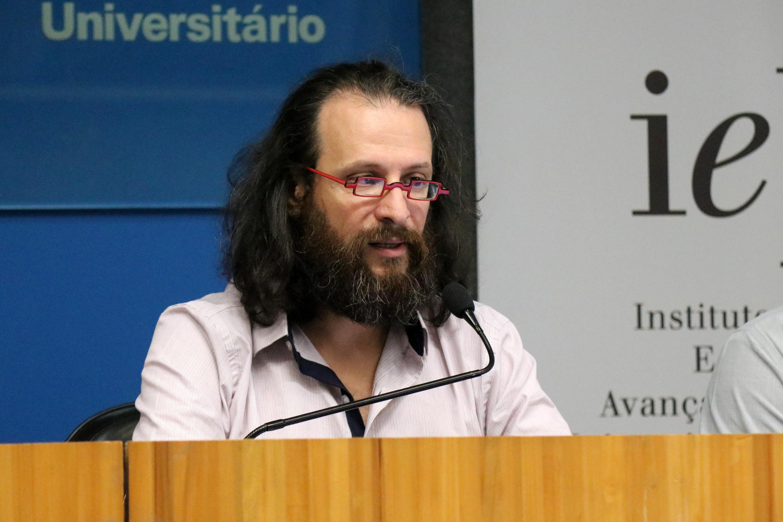 Alessandro Soares da Silva agradece a participação de todos e encerra o evento