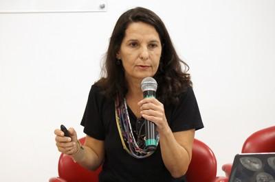 Carolina Burle de Niemayer