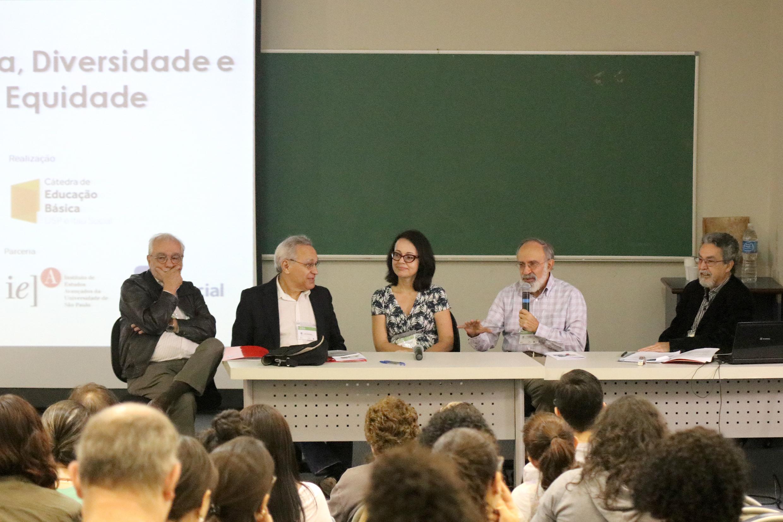 Luiz Carlos de Menezes, Lino de Macedo, Patrícia Mota Guedes, Guilherme Ary Plonski e Nílson José Machado