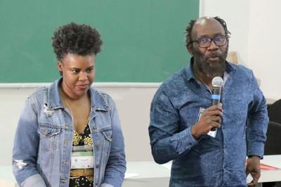 """Juliana Yade e Antonio Carlos """"Billy"""" Malachias, coordenadores do Grupo Temático """"Escola diversidade e equidade no cotidiano"""""""