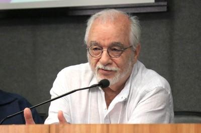 Luís Carlos Menezes