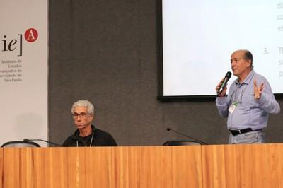 José Eli da Veiga e  Naomar de Almeida Filho