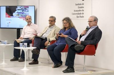 Pedro Varoni, Luiz Roberto Serrano, Marina Amaral e Carlos Eduardo Lins da Silva