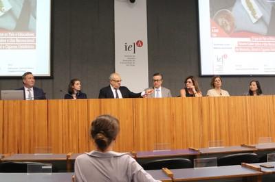 Lucas Barreto, Zilá Sanchez, Jorge Hallak, Maurício de Souza Lima, Elaine Frade Costa, Sandra Farsky e Erica Siu