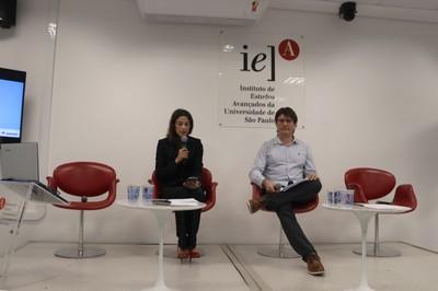 Ana Paula Tavares e Douglas Galante