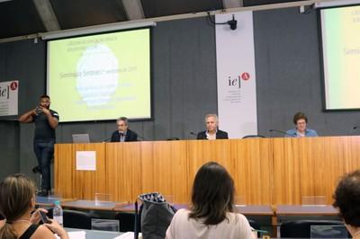 Adriano Paiva, tradutor de libras, Nilson Jose Machado, Lino de Macedo e Bernardete Gatti