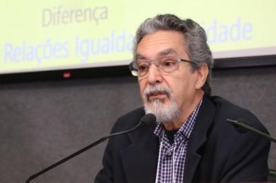 Nilson José Machado abre o evento