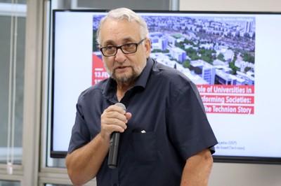 Paulo Saldiva abre o evento