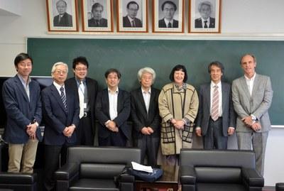 Dapeng Cai, Shigeaki Zaima, Susumu Saito, Naoshi Sugiyama, Takao Kondo, Regina P. Markus, Takaho Ando e Martin Grossmann