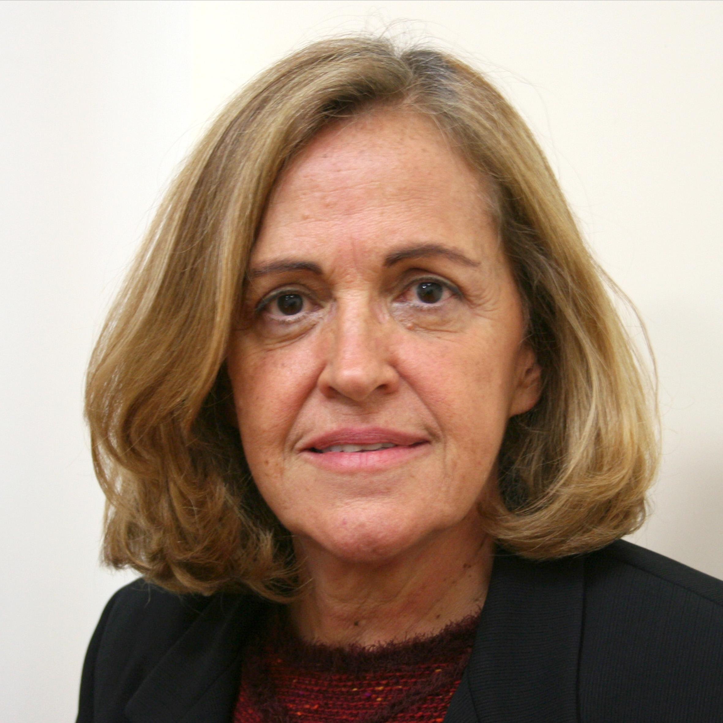 Anna Maria Medeiros Peliano
